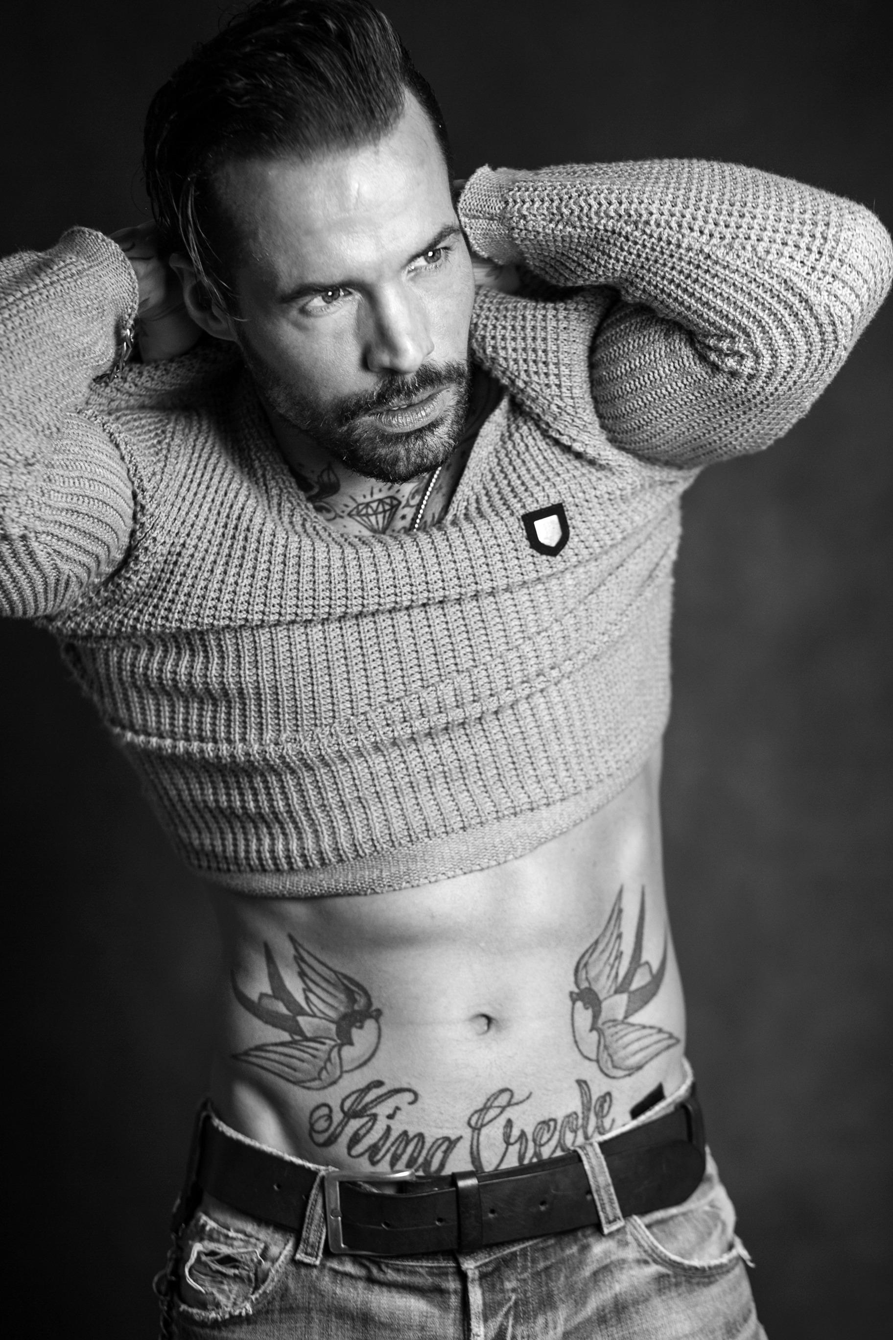 männliches tattoo model